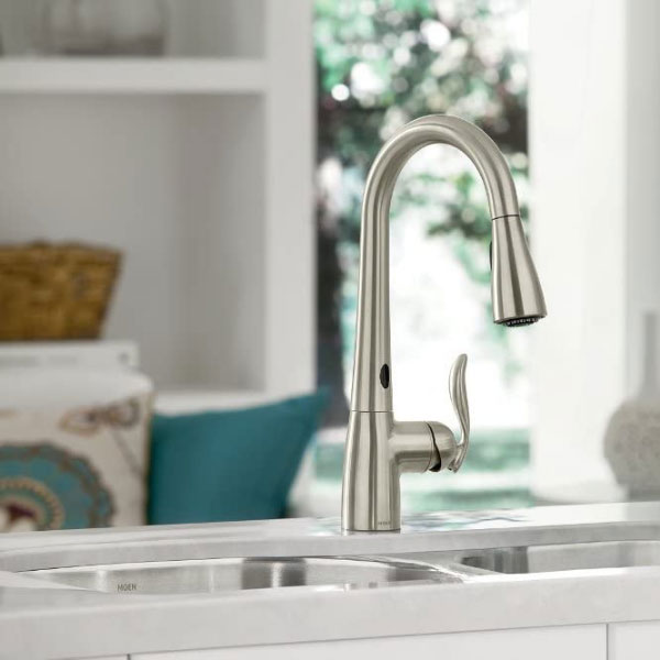 One of the best touchless kitchen faucets